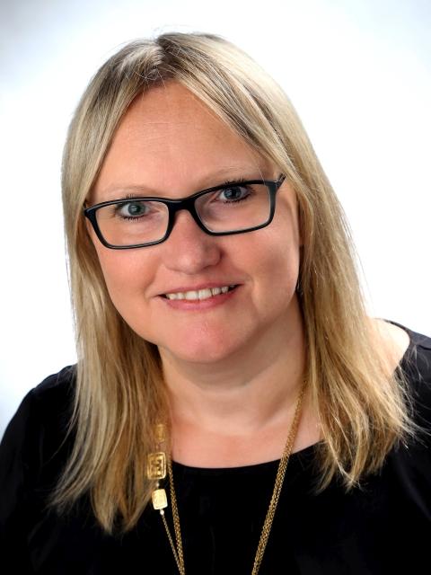 Mag. Beatrix Kronberger
