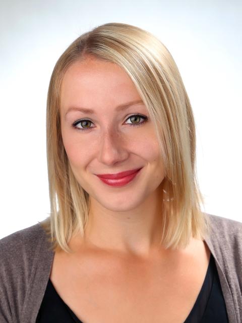 Mag. Andrea Scheyer