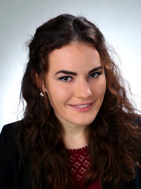 Mag. Agnes Schnabl, BA