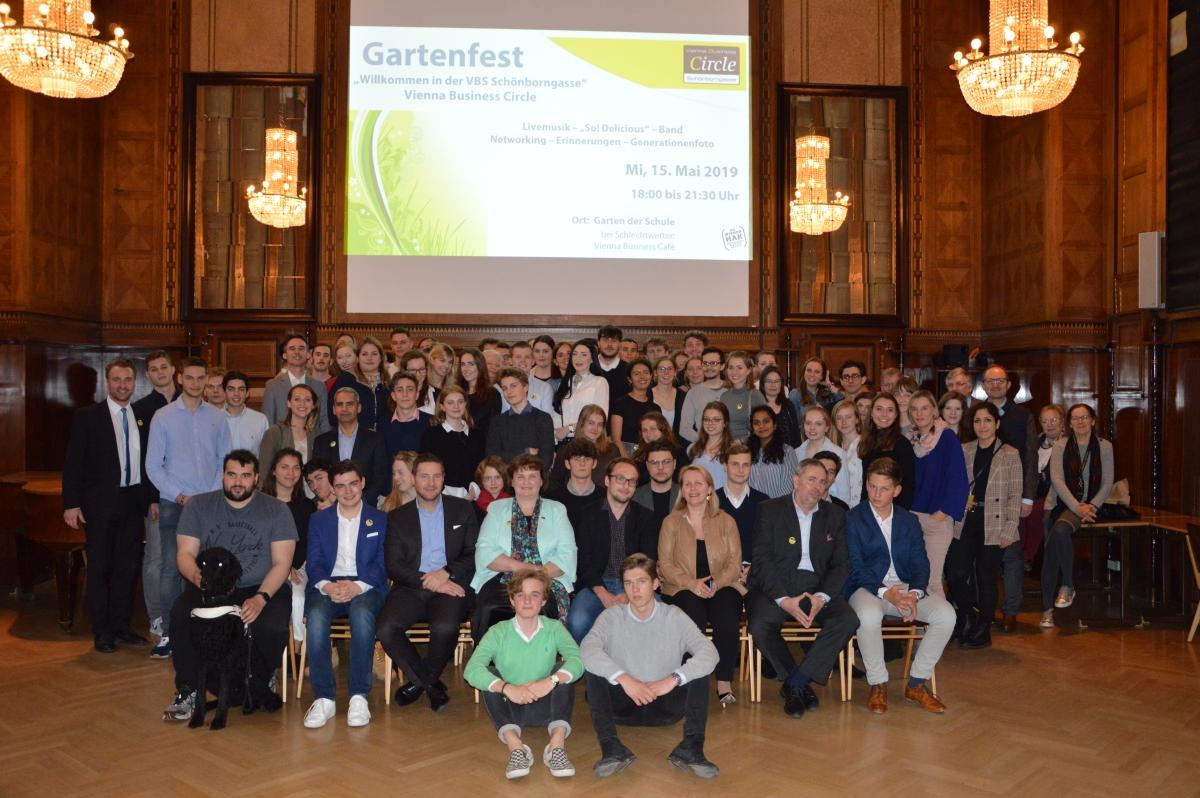 Generationenfoto Gartenfest 2019